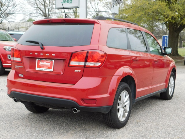 Pre-Owned 2015 Dodge Journey SXT